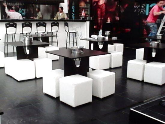 moderno mobiliario para bar