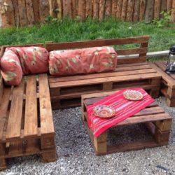 banca de madera para jardín